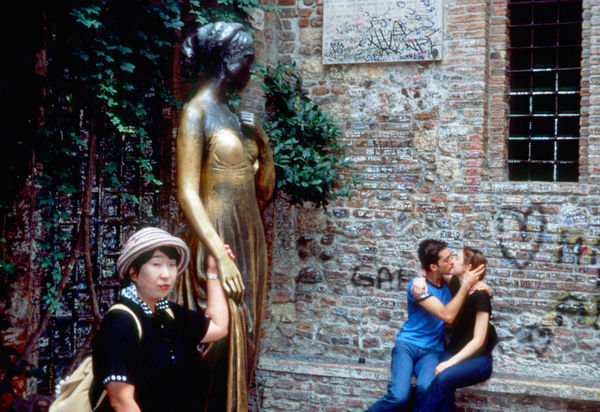 Tourists at House of Juliet, Verona, Italy