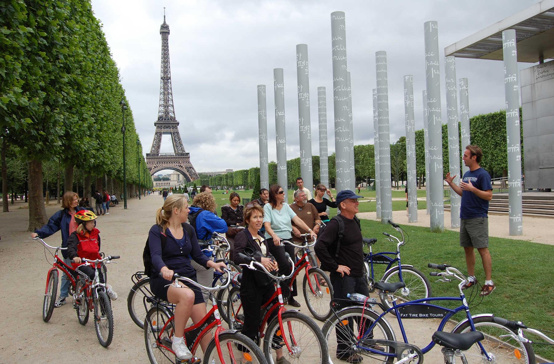 Bike Tour, Champ de Mars, Paris, France