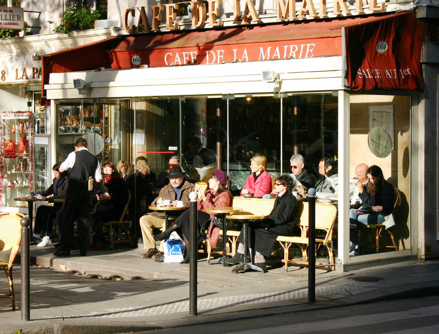 Winter in paris a cool time to go local by rick steves for Watch terrace house season 2